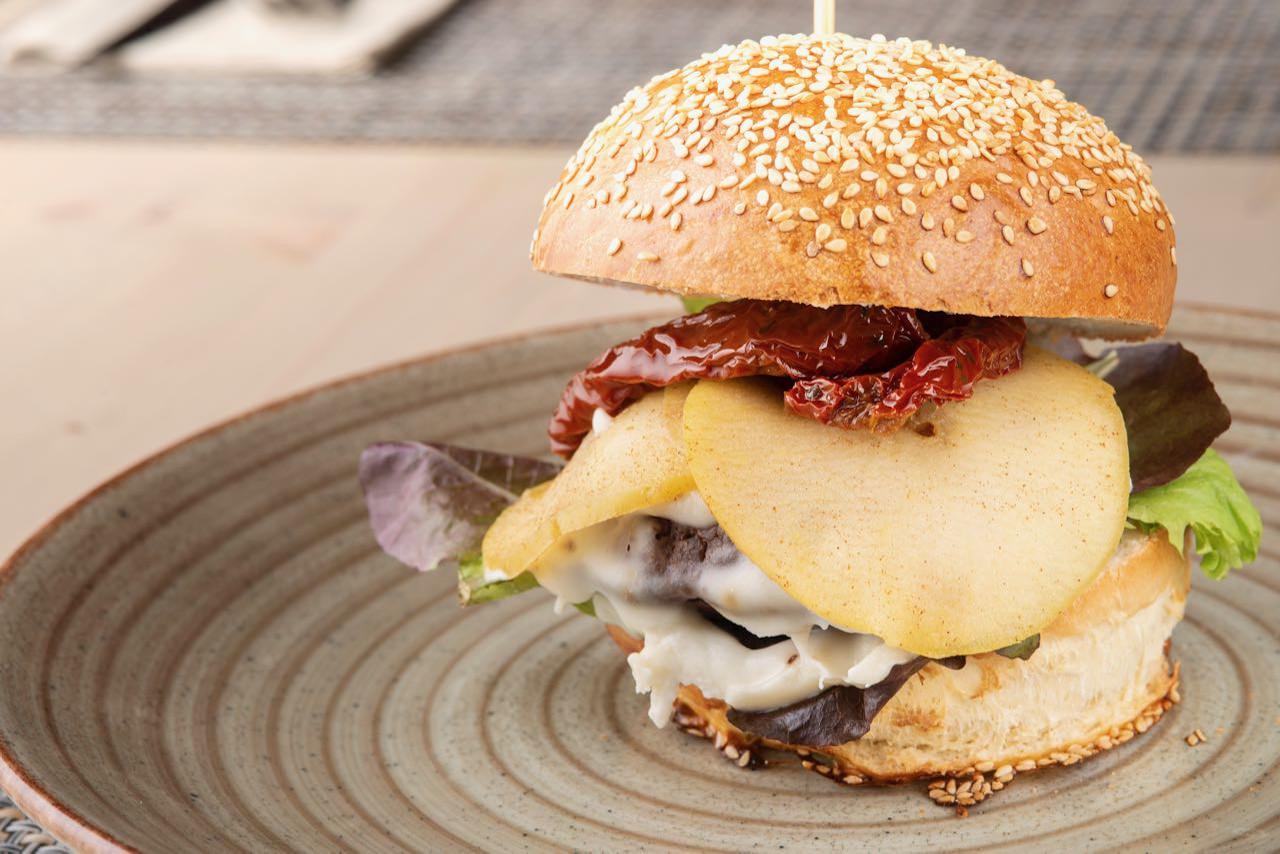 i-burger-01-bami-ristorante-pizzeria-noci