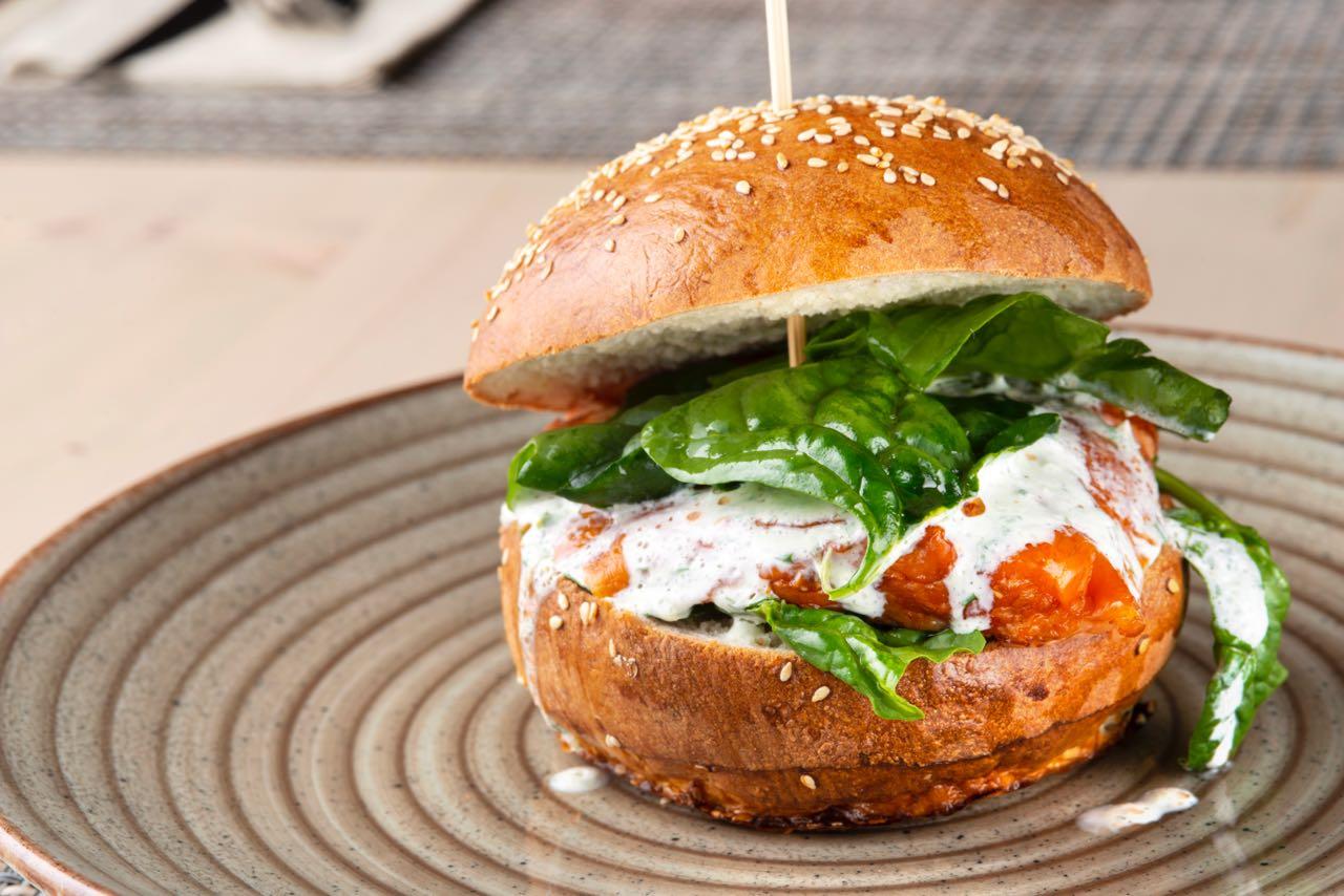 i-burger-03-bami-ristorante-pizzeria-noci