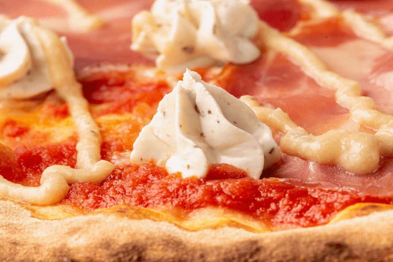 la-pizza-03-bami-ristorante-pizzeria-noci